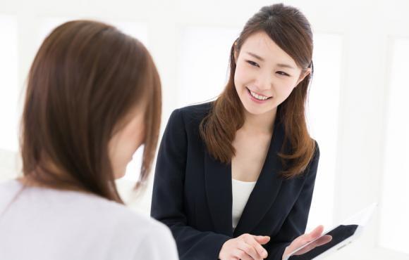 植毛経験が豊富なスタッフと無料カウンセリングを受けられる